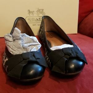 Coach size 8 black animal print leather flats bows
